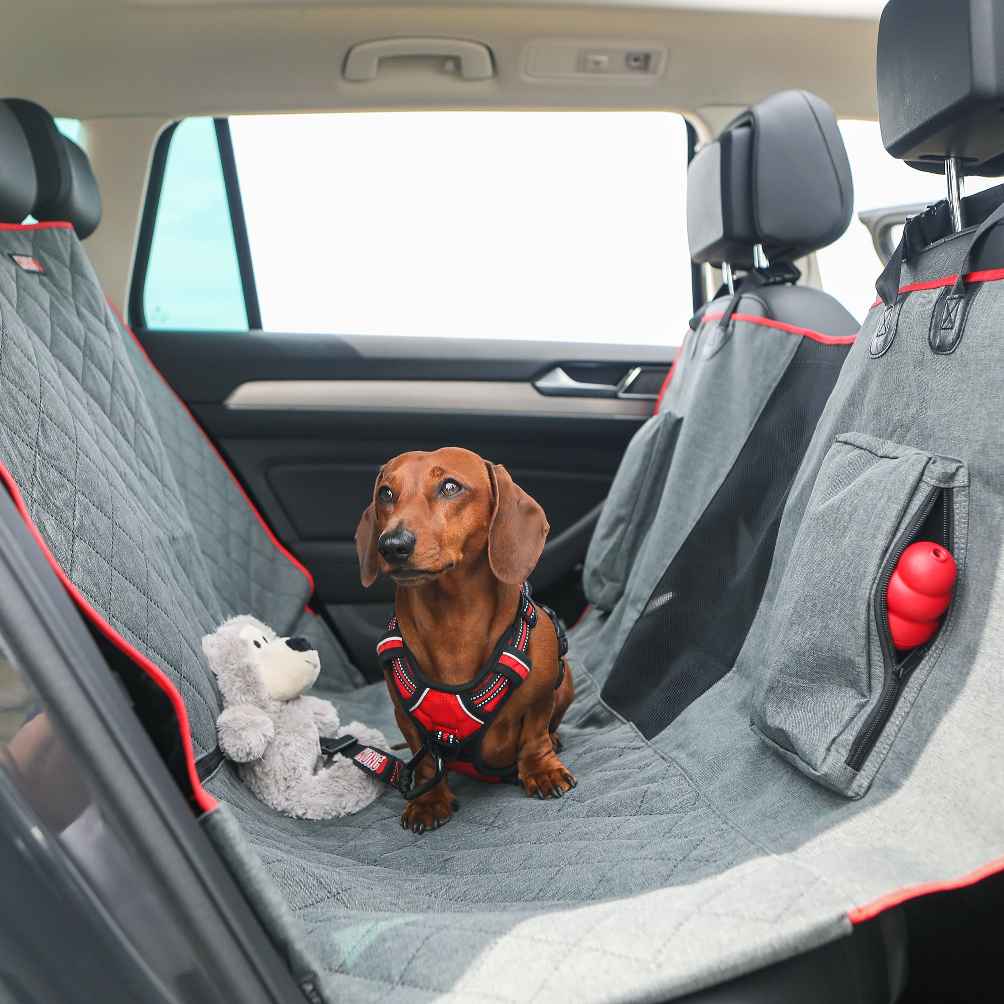 KONG 2-In-1 Car Bench Seat Cover and Hammock for Dogs, 4.3 LBS